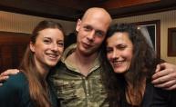 Promocija vodke i veselo društvo ljuljaju Phanas pub