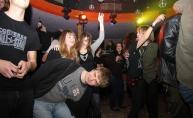 Psihomodo pop zapalio klub Plava